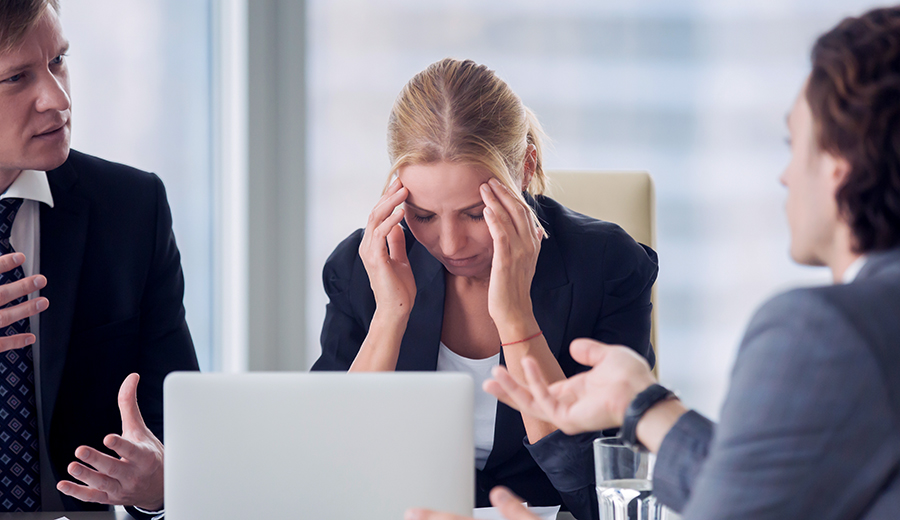 Broferencen: hoe we vrouwen (onbewust) negeren op de werkvloer